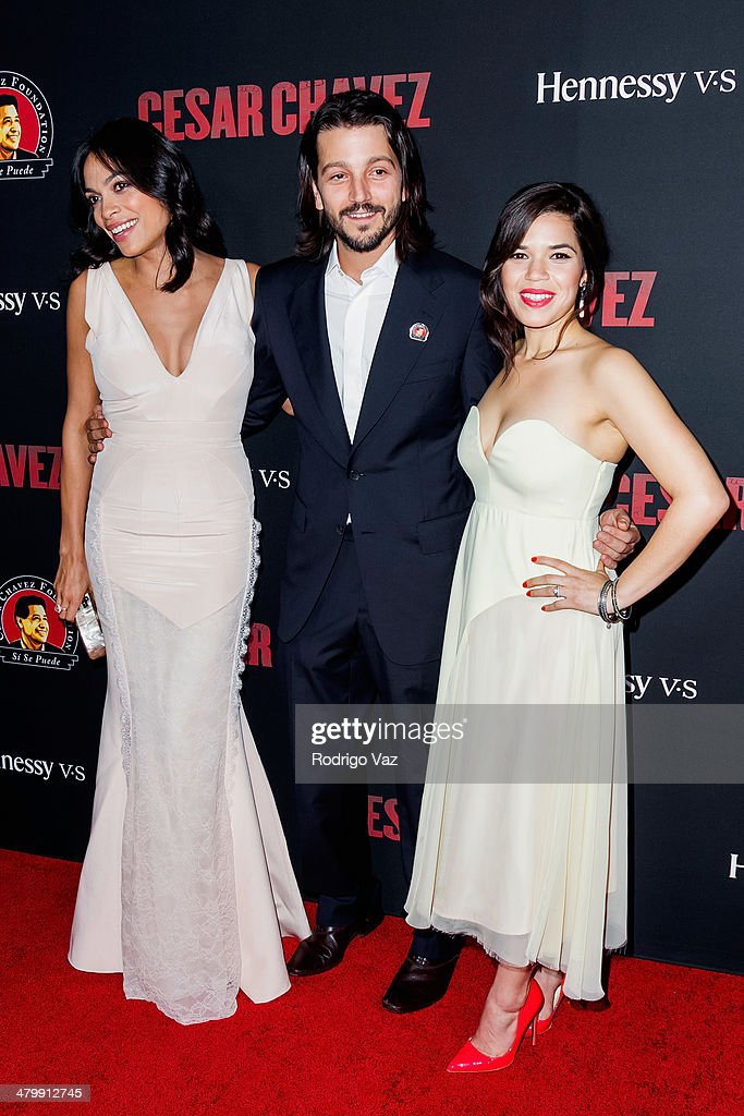 Actors <a gi-track='captionPersonalityLinkClicked' href=/galleries/search?phrase=Rosario+Dawson&family=editorial&specificpeople=201472 ng-click='$event.stopPropagation()'>Rosario Dawson</a>, <a gi-track='captionPersonalityLinkClicked' href=/galleries/search?phrase=Diego+Luna&family=editorial&specificpeople=213511 ng-click='$event.stopPropagation()'>Diego Luna</a> and <a gi-track='captionPersonalityLinkClicked' href=/galleries/search?phrase=America+Ferrera&family=editorial&specificpeople=216393 ng-click='$event.stopPropagation()'>America Ferrera</a> attend the 'Cesar Chavez' Los Angeles Premiere at TCL Chinese Theatre on March 20, 2014 in Hollywood, California.