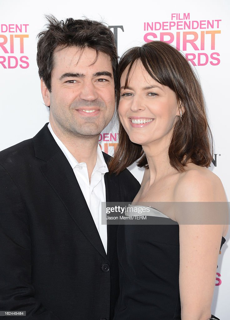 Actors Rosemarie DeWitt (R) and Ron Livingston attend the 2013 Film Independent Spirit Awards at Santa Monica Beach on February 23, 2013 in Santa Monica, California.