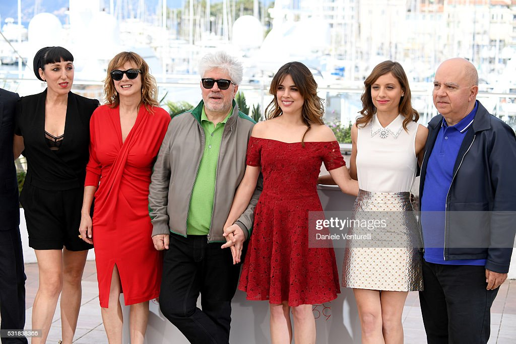 Actors Rossy de Palma Emma Suarez director Pedro Almodovar actresses Adriana Ugarte Michelle Jenner and producer Agustin Almodovar attend the...
