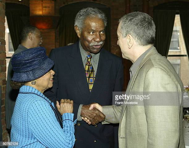 Actors Ruby Dee Ozzie Davis and Robert De Niro attend the VIP Opening Luncheon at the Tribeca Loft May 1 2004 in New York City