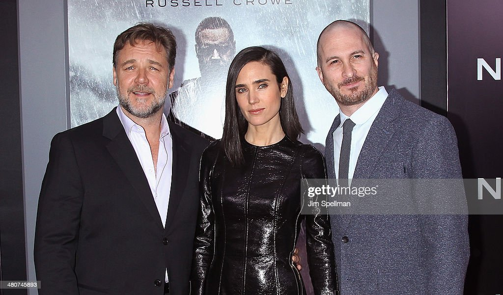 Actors <a gi-track='captionPersonalityLinkClicked' href=/galleries/search?phrase=Russell+Crowe&family=editorial&specificpeople=202609 ng-click='$event.stopPropagation()'>Russell Crowe</a>, <a gi-track='captionPersonalityLinkClicked' href=/galleries/search?phrase=Jennifer+Connelly&family=editorial&specificpeople=201581 ng-click='$event.stopPropagation()'>Jennifer Connelly</a> and director <a gi-track='captionPersonalityLinkClicked' href=/galleries/search?phrase=Darren+Aronofsky&family=editorial&specificpeople=841696 ng-click='$event.stopPropagation()'>Darren Aronofsky</a> attend the 'Noah' New York Premiere at Ziegfeld Theatre on March 26, 2014 in New York City.