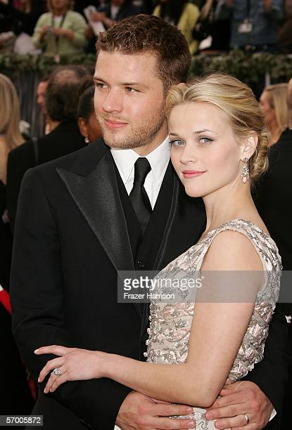 Actors Ryan Phillippe and Reese Witherspoon arrive to the 78th Annual Academy Awards at the Kodak Theatre on March 5 2006 in Hollywood California