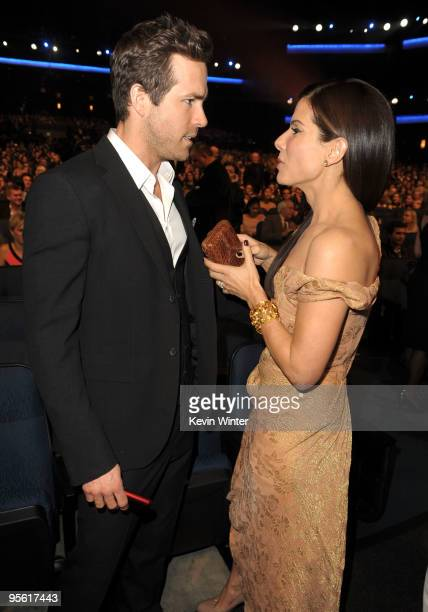 Actors Ryan Reynolds and Sandra Bullock during the People's Choice Awards 2010 held at Nokia Theatre LA Live on January 6 2010 in Los Angeles...