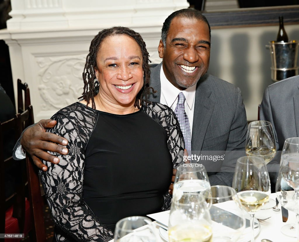 Actors S Epatha Merkerson and Norm Lewis attend The Academy of Motion Picture Arts and Sciences Official Oscar night viewing party and dinner at...