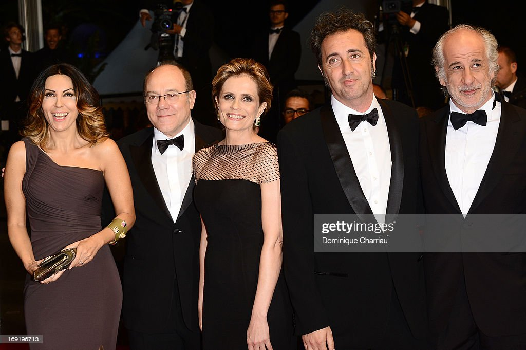 Actors Sabrina Ferilli Carlo Verdone Isabella Ferrari director Paolo Sorrentino and actor Toni Servillo attend the Premiere of 'La Grande Bellezza'...