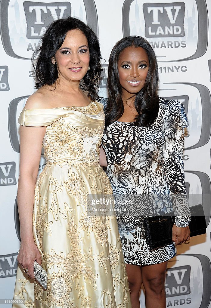 Actors Sabrina LeBeauf (L) and <a gi-track='captionPersonalityLinkClicked' href=/galleries/search?phrase=Keshia+Knight+Pulliam&family=editorial&specificpeople=1284379 ng-click='$event.stopPropagation()'>Keshia Knight Pulliam</a> attend the 9th Annual TV Land Awards at the Javits Center on April 10, 2011 in New York City.