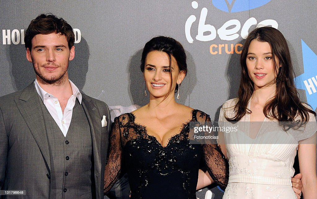 Actors Sam Claflin, Penelope Cruz and Astrid Berges-Frisbey attend 'Pirates Of The Caribbean: On Stranger Tides' premiere at Kinepolis Cinema on May 18, 2011 in Madrid, Spain.