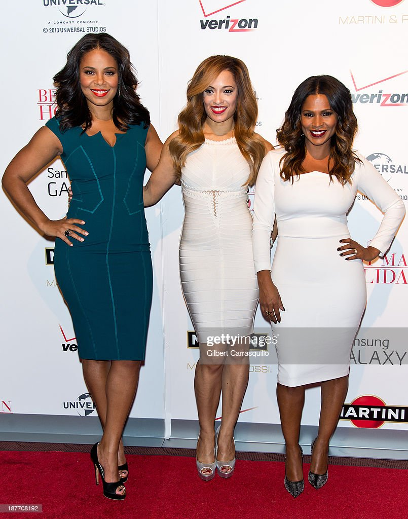 Actors <a gi-track='captionPersonalityLinkClicked' href=/galleries/search?phrase=Sanaa+Lathan&family=editorial&specificpeople=236021 ng-click='$event.stopPropagation()'>Sanaa Lathan</a>, Melissa De Sousa and <a gi-track='captionPersonalityLinkClicked' href=/galleries/search?phrase=Nia+Long&family=editorial&specificpeople=206752 ng-click='$event.stopPropagation()'>Nia Long</a> attend 'The Best Man Holiday' screening at Chelsea Bow Tie Cinemas on November 11, 2013 in New York City.