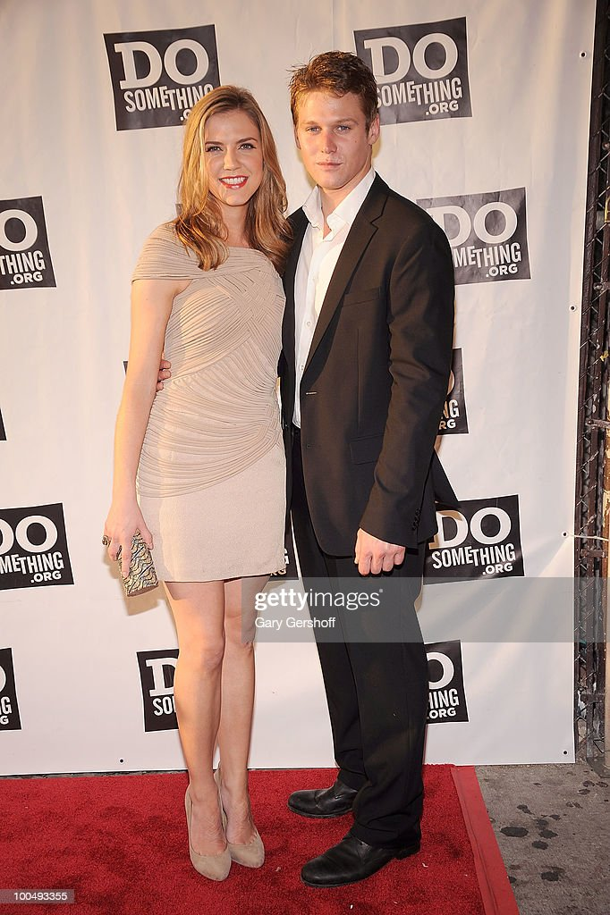 Actors Sara Canning (L) and Zach Roerig attend DoSomething.org's celebration of the 2010 Do Something Award nominees at The Apollo Theater on May 24, 2010 in New York City.