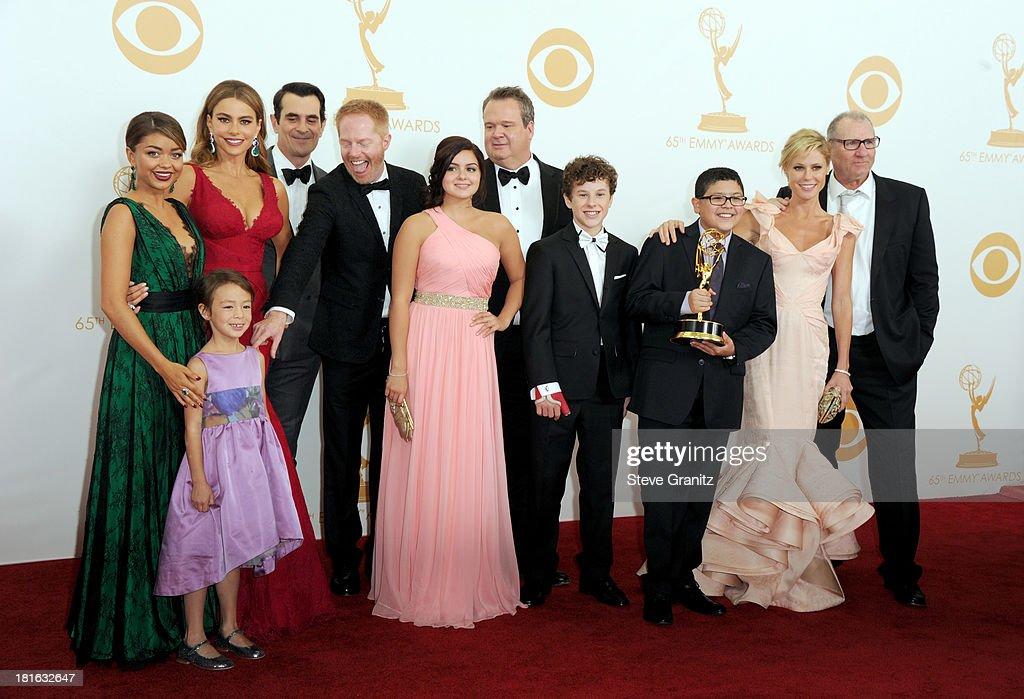 Actors Sarah Hyland Aubrey AndersonEmmons Sofia Vergara Ty Burrell Jesse Tyler Ferguson Ariel Winter Eric Stonestreet Nolan Gould Rico Rodriguez...
