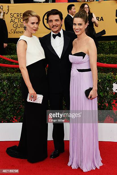 Actors Sarah Paulson Pedro Pascal and Amanda Peet attend the 21st Annual Screen Actors Guild Awards at The Shrine Auditorium on January 25 2015 in...