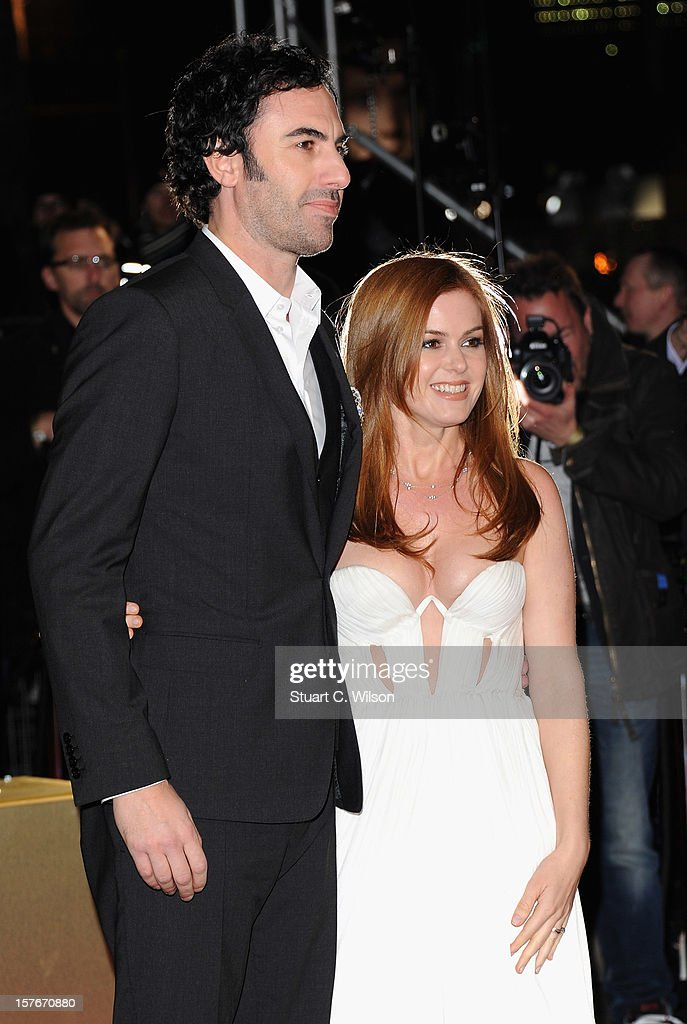 Actors Sasha Baron Cohen and <a gi-track='captionPersonalityLinkClicked' href=/galleries/search?phrase=Isla+Fisher&family=editorial&specificpeople=220257 ng-click='$event.stopPropagation()'>Isla Fisher</a> attends the 'Les Miserables' World Premiere at the Odeon Leicester Square on December 5, 2012 in London, England.