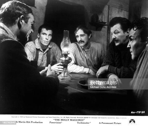 Actors Sean ConneryAnthony CostelloRichard Harris Art Lund and Anthony Zerbe on set of the Paramount Pictures movie 'The Molly Maguires' in 1970