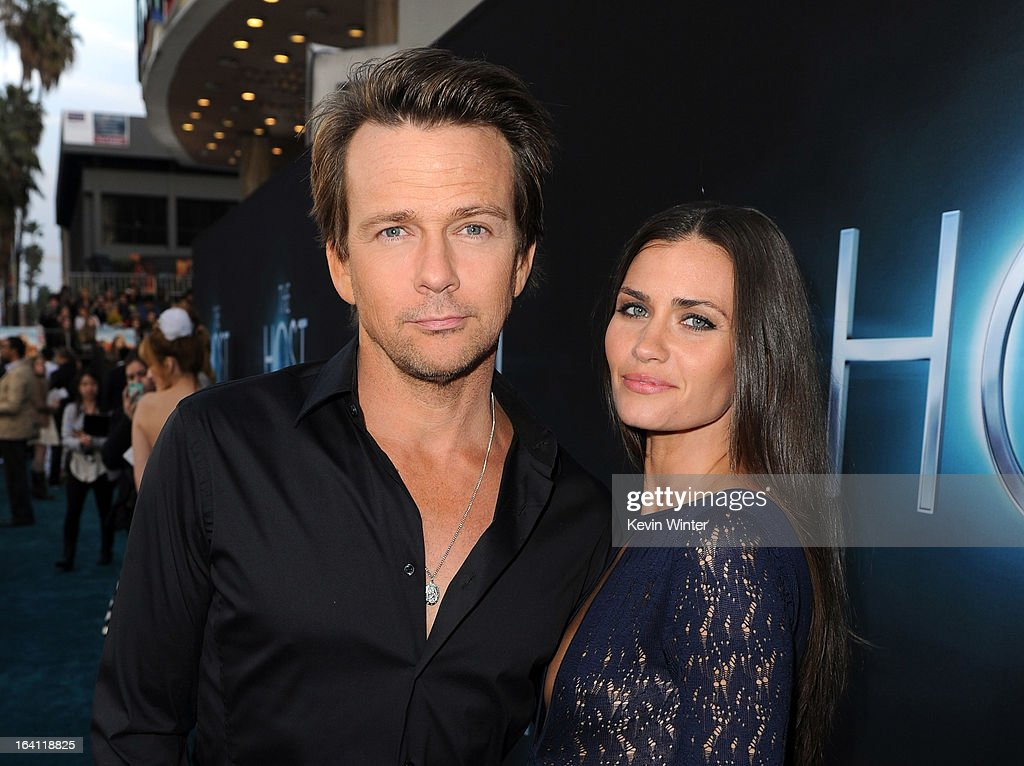 Actors <a gi-track='captionPersonalityLinkClicked' href=/galleries/search?phrase=Sean+Patrick+Flanery&family=editorial&specificpeople=678322 ng-click='$event.stopPropagation()'>Sean Patrick Flanery</a> (L) and Lauren Hill attend the premiere of Open Road Films 'The Host' at ArcLight Cinemas Cinerama Dome on March 19, 2013 in Hollywood, California.