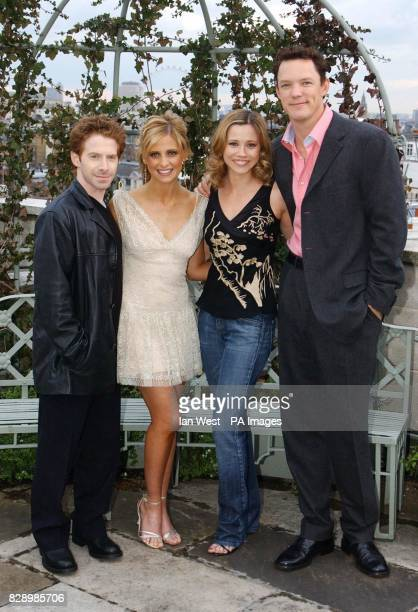 actors Seth Green Sarah Michelle Gellar Linda Cardellini and Matthew Lillard during a photocall to promote their new movie Scooby Doo 2 Monsters...