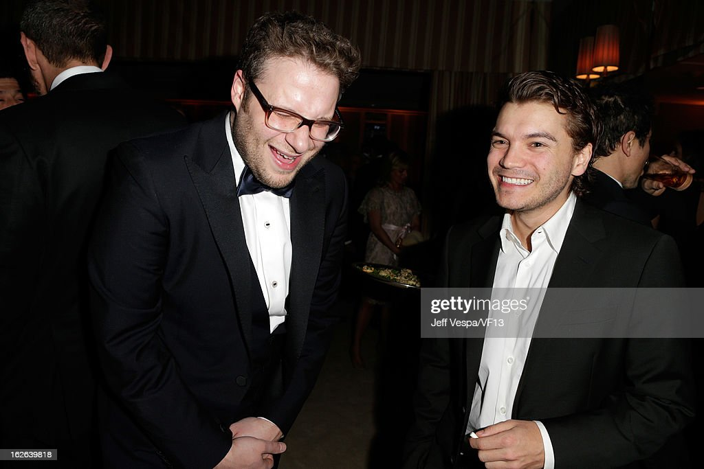 Actors Seth Rogen (L) and Emile Hirsch attend the 2013 Vanity Fair Oscar Party hosted by Graydon Carter at Sunset Tower on February 24, 2013 in West Hollywood, California.