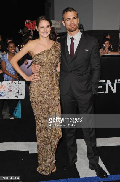 Actors Shailene Woodley and Theo James arrive at the Los Angeles Premiere of 'Divergent' at Regency Bruin Theatre on March 18 2014 in Los Angeles...