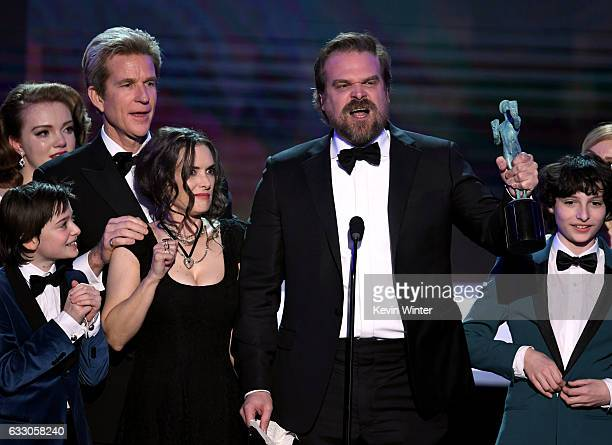 Actors Shannon Purser Matthew Modine Noah Schnapp Winona Ryder David Harbour and Finn Wolfhard of 'Stranger Things' accept Outstanding Performance by...