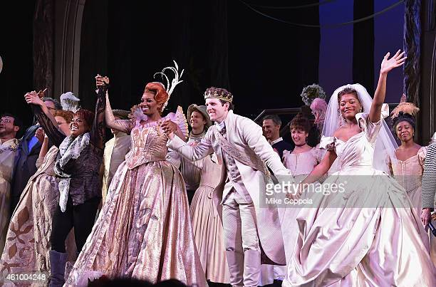 Actors Sherri Shepherd NeNe Leakes Joe Carroll and Keke Palmer take a curtain call during the final performance of Broadways 'Rodgers Hammerstein's...