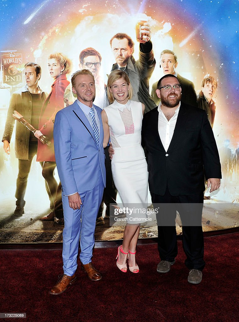 Actors <a gi-track='captionPersonalityLinkClicked' href=/galleries/search?phrase=Simon+Pegg&family=editorial&specificpeople=206280 ng-click='$event.stopPropagation()'>Simon Pegg</a>, <a gi-track='captionPersonalityLinkClicked' href=/galleries/search?phrase=Rosamund+Pike&family=editorial&specificpeople=208910 ng-click='$event.stopPropagation()'>Rosamund Pike</a> and Nick Frost attend the World Premiere of The World's End at Empire Leicester Square on July 10, 2013 in London, England.