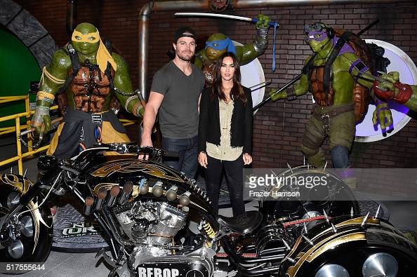 """Actors Stephen Amell and Megan Fox attend an autograph signing at WonderCon 2016 to promote the upcoming release of Paramount Pictures' """"Teenage..."""