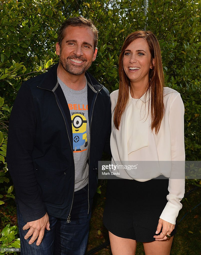 Actors <a gi-track='captionPersonalityLinkClicked' href=/galleries/search?phrase=Steve+Carell&family=editorial&specificpeople=595491 ng-click='$event.stopPropagation()'>Steve Carell</a> (L) and <a gi-track='captionPersonalityLinkClicked' href=/galleries/search?phrase=Kristen+Wiig&family=editorial&specificpeople=4029391 ng-click='$event.stopPropagation()'>Kristen Wiig</a> attend the premiere of Universal Pictures' 'Despicable Me 2' after party held at Universal City on June 22, 2013 in Los Angeles, California.