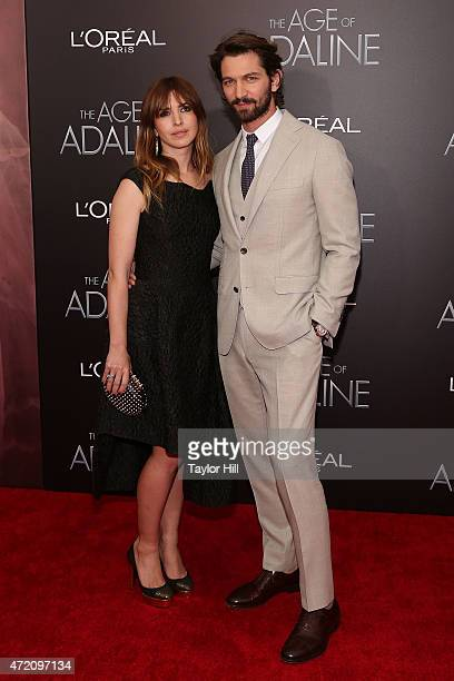 Actors Tara Elders and Michiel Huisman attend 'The Age of Adaline' premiere at AMC Loews Lincoln Square 13 theater on April 19 2015 in New York City