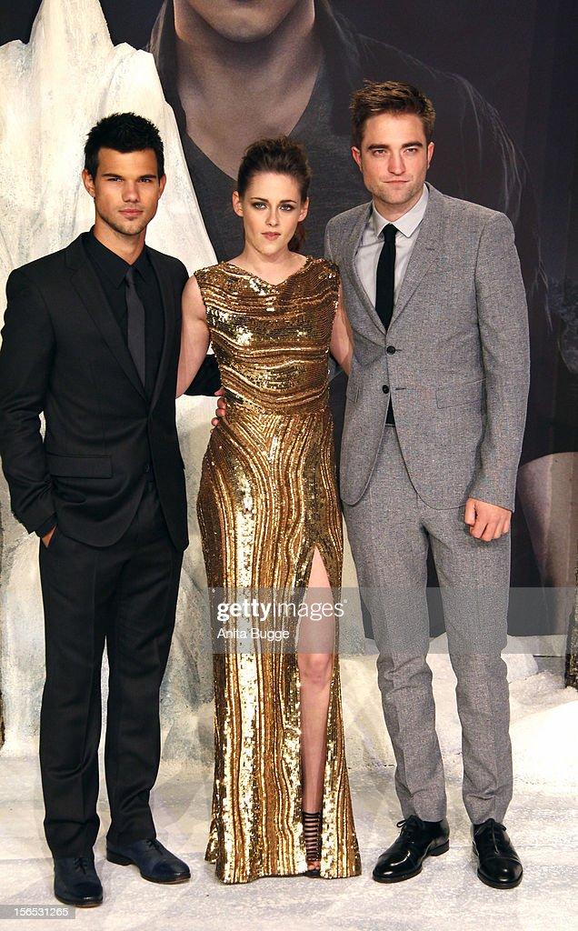 Actors Taylor Lautner, Kristen Stewart and Robert Pattinson attend the 'The Twilight Saga: Breaking Dawn Part 2' Germany premiere at Cinestar on November 16, 2012 in Berlin, Germany.