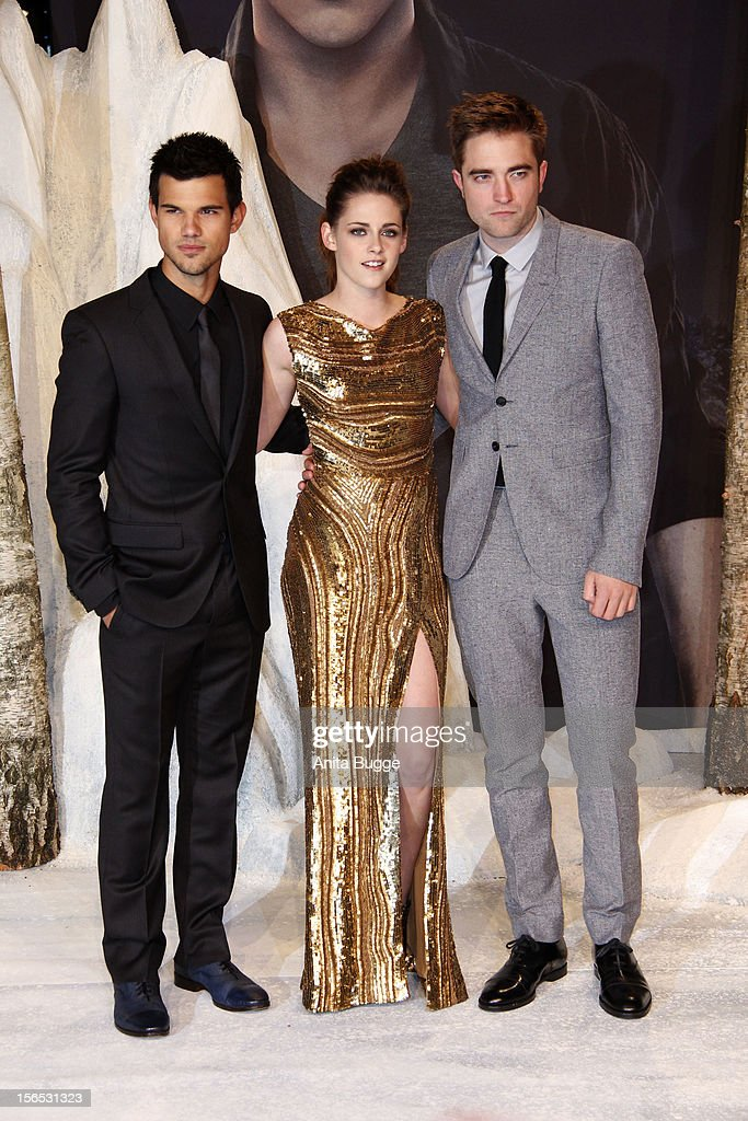 Actors Taylor Lautner, Kristen Stewart and Robert Pattinson attend the 'The Twilight Saga: Breaking Dawn Part 2' Germany premiere at Cinestar on November 16, 2012 in Berlin, Germany.