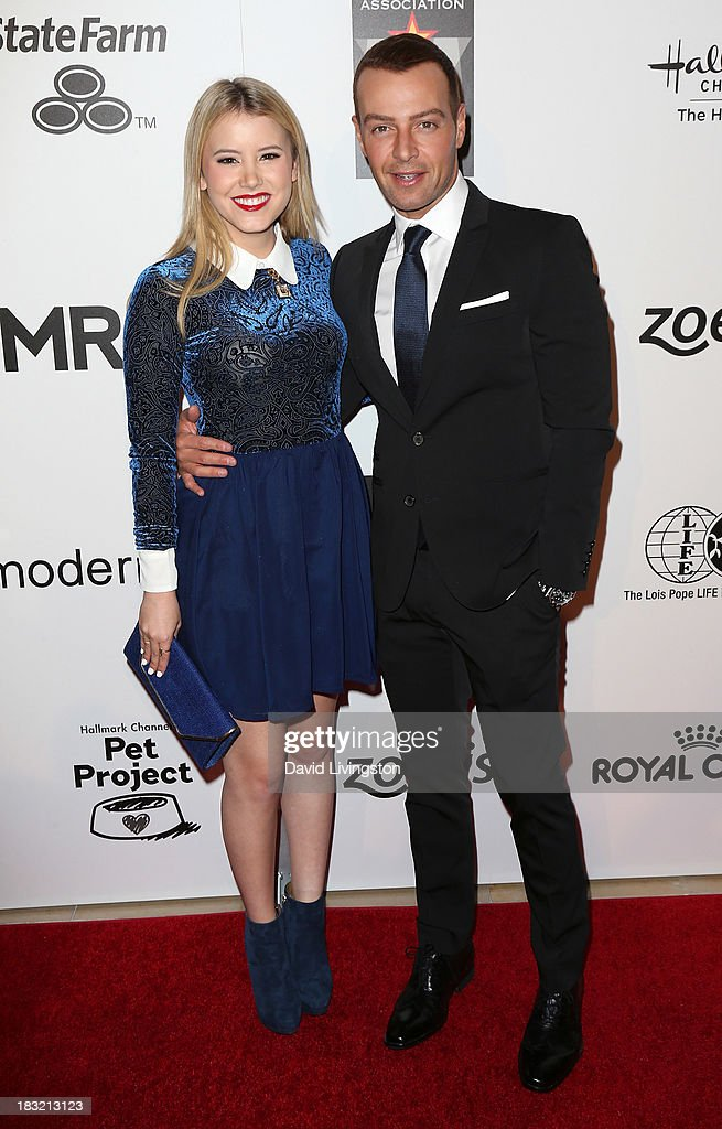 Actors <a gi-track='captionPersonalityLinkClicked' href=/galleries/search?phrase=Taylor+Spreitler&family=editorial&specificpeople=5784396 ng-click='$event.stopPropagation()'>Taylor Spreitler</a> (L) and <a gi-track='captionPersonalityLinkClicked' href=/galleries/search?phrase=Joey+Lawrence&family=editorial&specificpeople=1521741 ng-click='$event.stopPropagation()'>Joey Lawrence</a> attend the 3rd Annual American Humane Association Hero Dog Awards at The Beverly Hilton Hotel on October 5, 2013 in Beverly Hills, California.