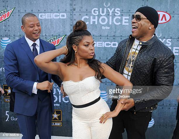 Actors Terrence Howard Taraji P Henson and LL Cool J arrive at Spike TV's 'Guys Choice 2015' at Sony Pictures Studios on June 6 2015 in Culver City...