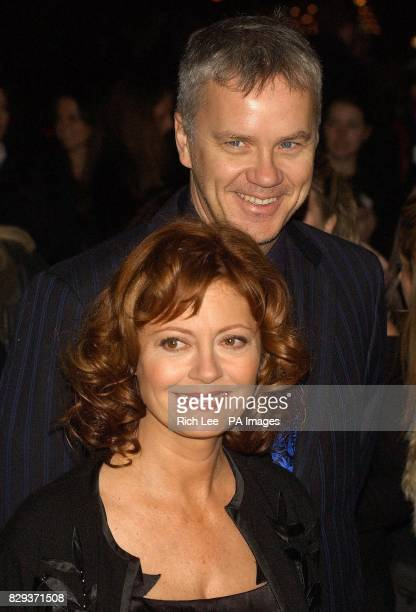 Actors Tim Robbins and Susan Sarandon arrive for the film premiere of 'Alfie' at the Ziegfeld Theatre in New York