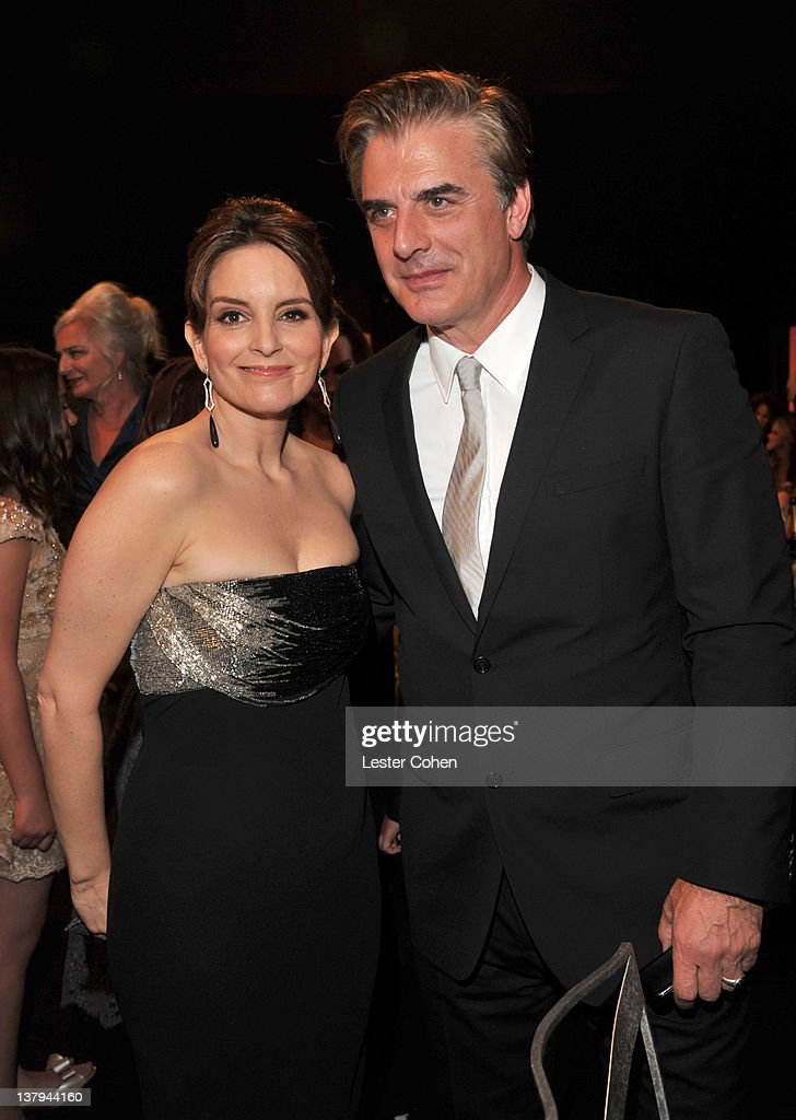 Actors Tina Fey (L) and Chris Noth attend The 18th Annual Screen Actors Guild Awards broadcast on TNT/TBS at The Shrine Auditorium on January 29, 2012 in Los Angeles, California. (Photo by Lester Cohen/WireImage) 22005_008_LC_0674.JPG