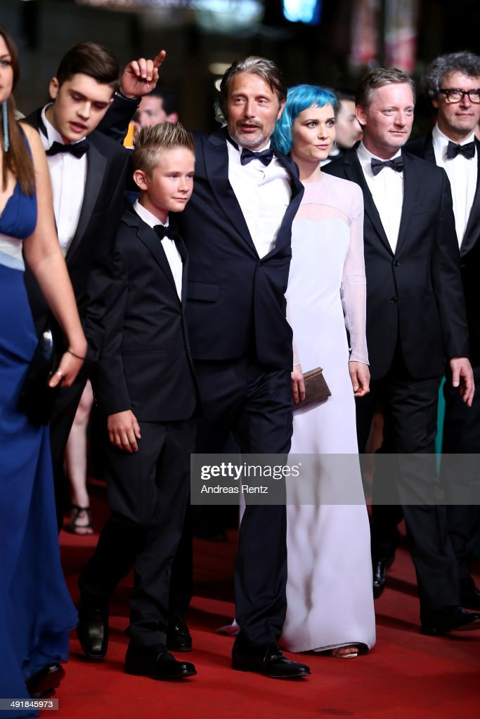 Actors <a gi-track='captionPersonalityLinkClicked' href=/galleries/search?phrase=Toke+Lars+Bjarke&family=editorial&specificpeople=12816048 ng-click='$event.stopPropagation()'>Toke Lars Bjarke</a>, <a gi-track='captionPersonalityLinkClicked' href=/galleries/search?phrase=Mads+Mikkelsen&family=editorial&specificpeople=3003791 ng-click='$event.stopPropagation()'>Mads Mikkelsen</a>, singer Nanna Oland Fabricius aka <a gi-track='captionPersonalityLinkClicked' href=/galleries/search?phrase=Oh+Land&family=editorial&specificpeople=6129247 ng-click='$event.stopPropagation()'>Oh Land</a> and <a gi-track='captionPersonalityLinkClicked' href=/galleries/search?phrase=Douglas+Henshall&family=editorial&specificpeople=3039307 ng-click='$event.stopPropagation()'>Douglas Henshall</a> attend the 'The Salvation' premiere during the 67th Annual Cannes Film Festival on May 17, 2014 in Cannes, France.