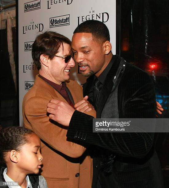 Actors Tom Cruise and Will Smith attend the premiere of 'I Am Legend' at the WaMu Theater at Madison Square Garden on December 11 2007 in New York...