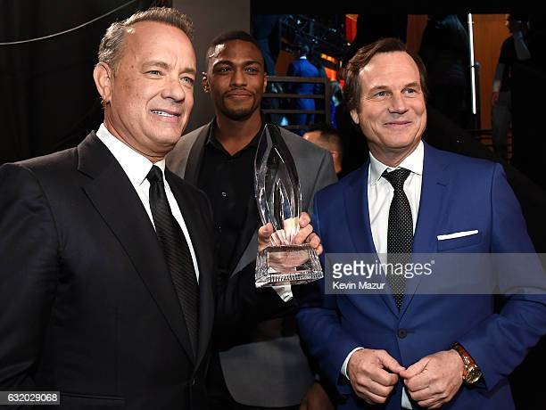 Actors Tom Hanks Justin Cornwell and Bill Paxton backstage at the People's Choice Awards 2017 at Microsoft Theater on January 18 2017 in Los Angeles...