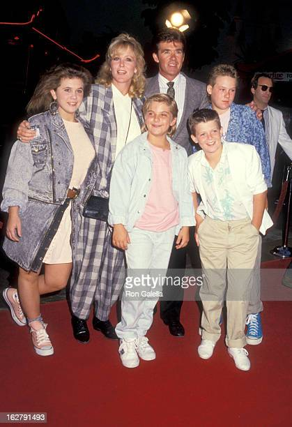 Actors Tracey Gold Jeremy Miller Joanna Kerns and Alan Thicke and his sons Brennan Thicke and Robin Thicke attend the 'Like Father Like Son'...