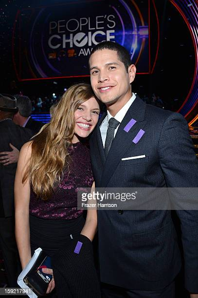 Actors Tracy Spiridakos and JD Pardo attend the 39th Annual People's Choice Awards at Nokia Theatre LA Live on January 9 2013 in Los Angeles...