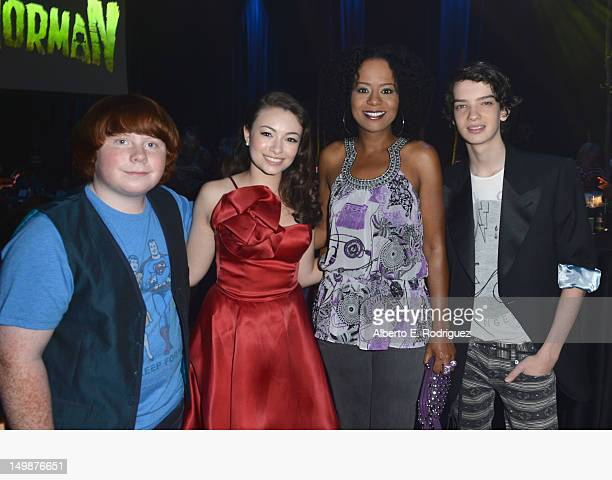 Actors Tucker Albrizzi Jodelle Ferland Tempestt Bledsoe and Kodi SmitMcPhee attend the preparty for the premiere of Focus Features' 'ParaNorman' at...