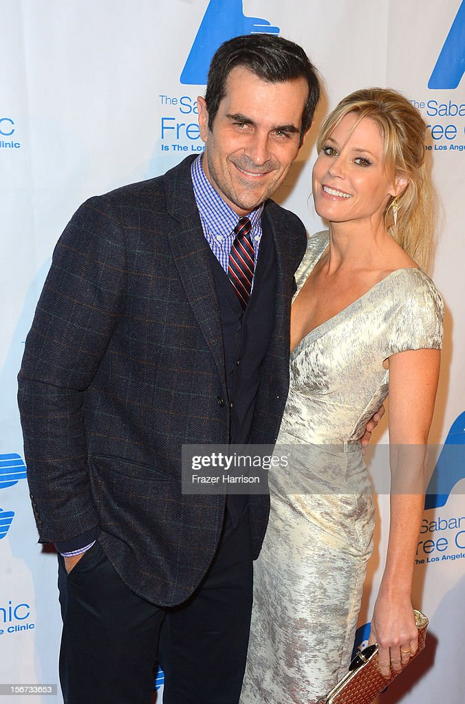 Actors Ty Burrell and Julia Bowen arrive at The Saban Free Clinic's Gala Honoring ABC Entertainment Group President Paul Lee and Bob Broder at The Beverly Hilton Hotel on November 19, 2012 in Beverly Hills, California.