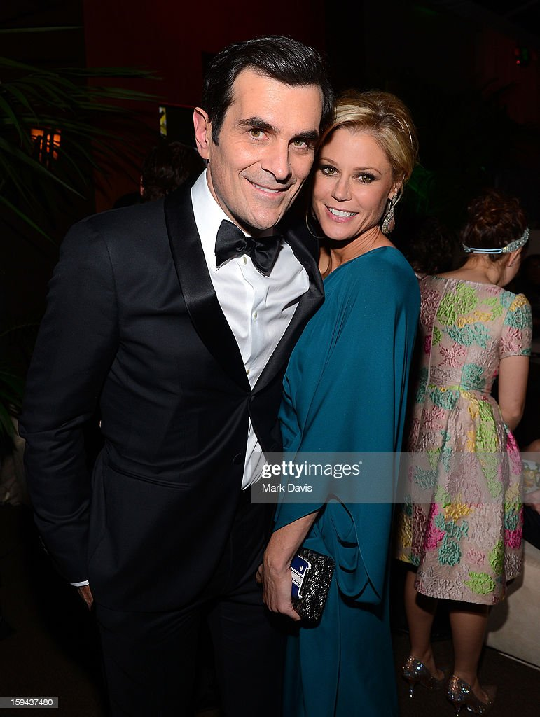 Actors <a gi-track='captionPersonalityLinkClicked' href=/galleries/search?phrase=Ty+Burrell&family=editorial&specificpeople=700077 ng-click='$event.stopPropagation()'>Ty Burrell</a> (L) and <a gi-track='captionPersonalityLinkClicked' href=/galleries/search?phrase=Julie+Bowen&family=editorial&specificpeople=244057 ng-click='$event.stopPropagation()'>Julie Bowen</a> attend the FOX After Party for the 70th Annual Golden Globe Awards held at The FOX Pavillion at The Beverly Hilton Hotel on January 13, 2013 in Beverly Hills, California.