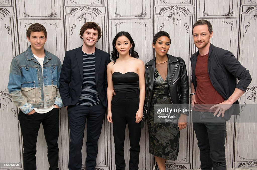 Actors <a gi-track='captionPersonalityLinkClicked' href=/galleries/search?phrase=Tye+Sheridan&family=editorial&specificpeople=7807719 ng-click='$event.stopPropagation()'>Tye Sheridan</a>, <a gi-track='captionPersonalityLinkClicked' href=/galleries/search?phrase=Evan+Peters&family=editorial&specificpeople=2301160 ng-click='$event.stopPropagation()'>Evan Peters</a>, <a gi-track='captionPersonalityLinkClicked' href=/galleries/search?phrase=Lana+Condor&family=editorial&specificpeople=14229196 ng-click='$event.stopPropagation()'>Lana Condor</a>, <a gi-track='captionPersonalityLinkClicked' href=/galleries/search?phrase=Alexandra+Shipp&family=editorial&specificpeople=10012876 ng-click='$event.stopPropagation()'>Alexandra Shipp</a> and <a gi-track='captionPersonalityLinkClicked' href=/galleries/search?phrase=James+McAvoy&family=editorial&specificpeople=647005 ng-click='$event.stopPropagation()'>James McAvoy</a> visit AOL Build to discuss 'X-Men: Apocalypse' at AOL Studios in New York on May 24, 2016 in New York City.