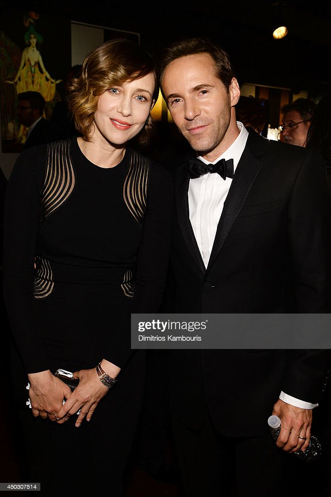Actors <a gi-track='captionPersonalityLinkClicked' href=/galleries/search?phrase=Vera+Farmiga&family=editorial&specificpeople=227012 ng-click='$event.stopPropagation()'>Vera Farmiga</a> (L) and <a gi-track='captionPersonalityLinkClicked' href=/galleries/search?phrase=Alessandro+Nivola&family=editorial&specificpeople=240468 ng-click='$event.stopPropagation()'>Alessandro Nivola</a> attend the 68th Annual Tony Awards at Radio City Music Hall on June 8, 2014 in New York City.