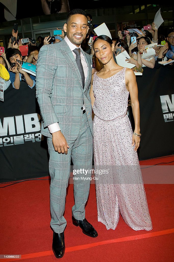 Actors Will Smith and Jada Pinkett Smith attend the 'Men In Balck 3' Seoul premiere at Times Square on May 7 2012 in Seoul South Korea The film will...