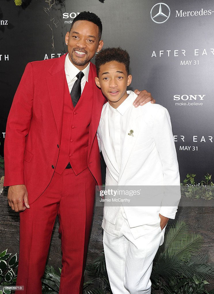 Actors <a gi-track='captionPersonalityLinkClicked' href=/galleries/search?phrase=Will+Smith&family=editorial&specificpeople=156403 ng-click='$event.stopPropagation()'>Will Smith</a> (L) and <a gi-track='captionPersonalityLinkClicked' href=/galleries/search?phrase=Jaden+Smith&family=editorial&specificpeople=709174 ng-click='$event.stopPropagation()'>Jaden Smith</a> attend Columbia Pictures and Mercedes-Benz Present the US Red Carpet Premiere of AFTER EARTH at Ziegfeld Theatre on May 29, 2013 in New York City.