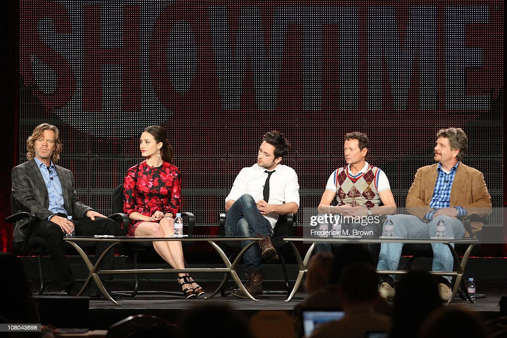 Actors William H Macy Emmy Rossum Justin Chatwin executive producer John Wells and executive producer Paul Abbott speak during the 'Shameless' panel...