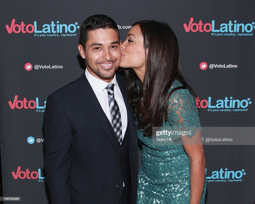 Actors <a gi-track='captionPersonalityLinkClicked' href=/galleries/search?phrase=Wilmer+Valderrama&family=editorial&specificpeople=202028 ng-click='$event.stopPropagation()'>Wilmer Valderrama</a> and <a gi-track='captionPersonalityLinkClicked' href=/galleries/search?phrase=Rosario+Dawson&family=editorial&specificpeople=201472 ng-click='$event.stopPropagation()'>Rosario Dawson</a> attend Voto Latino's 2013 Inauguration Celebration at Oya Restaurant on January 20, 2013 in Washington, DC.