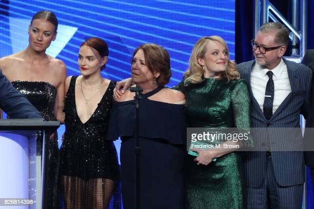 Actors Yvonne Strahovski Madeline Brewer Ann Dowd and Elisabeth Moss and Executive Producer Warren Littlefield accept the award for 'Outstanding...