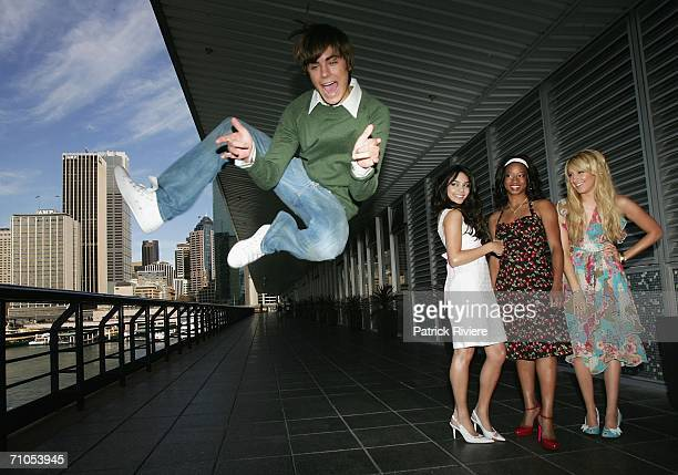 Actors Zac Efron Vanessa Anne Hudgens Monique Coleman and Ashley Tisdale attend a photo call for 'High School Musical' at the Quay Restaurant on May...