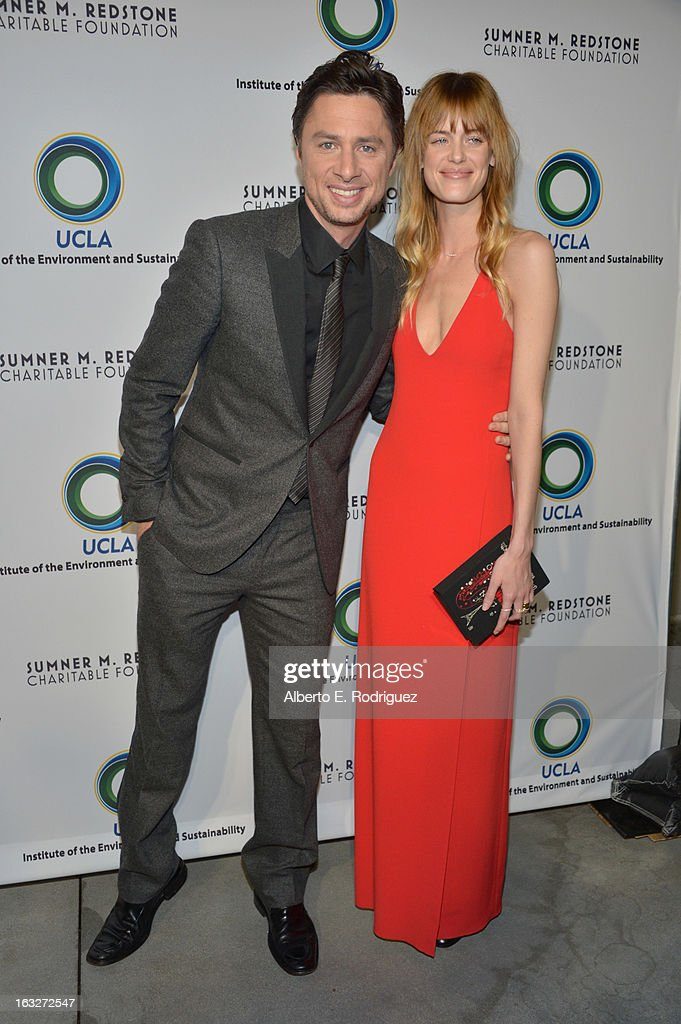 Actors Zach Braff and Taylor Bagley attend the UCLA Institute Of The Environment And Sustainability's 2nd Annual Evening Of Environmental Excellence on March 5, 2013 in Beverly Hills, California.